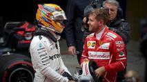Hamilton diz que respeita Vettel mais do que qualquer piloto