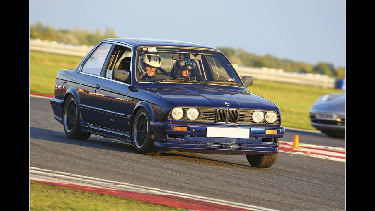 BMW 318is (1989)