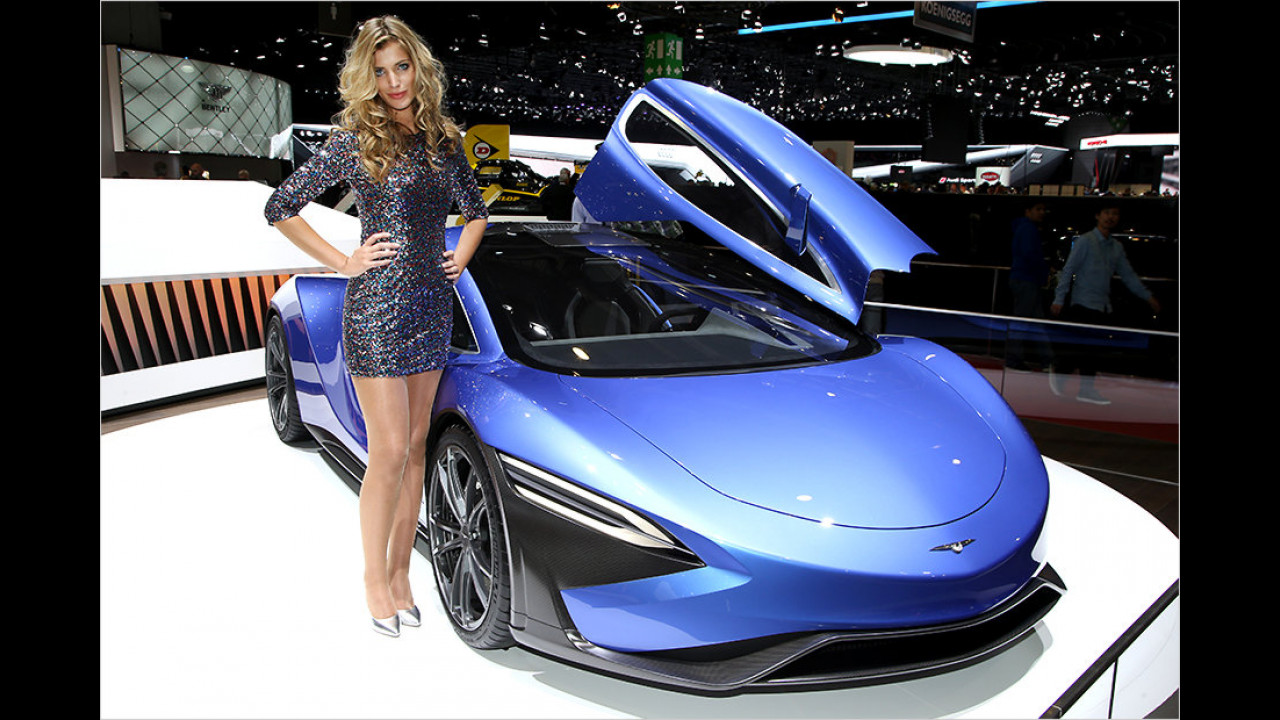 Hier fragen wir mal höflich nach, ob das vielleicht ein Blue-Bull-Car ist. Schließlich hat es Flügel verliehen bekommen ...
