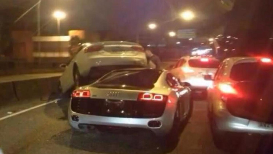 Audi R8 rams under A5 Sportback on highway, caught by dashcam