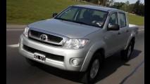 África do Sul, maio: Toyota Hilux na ponta