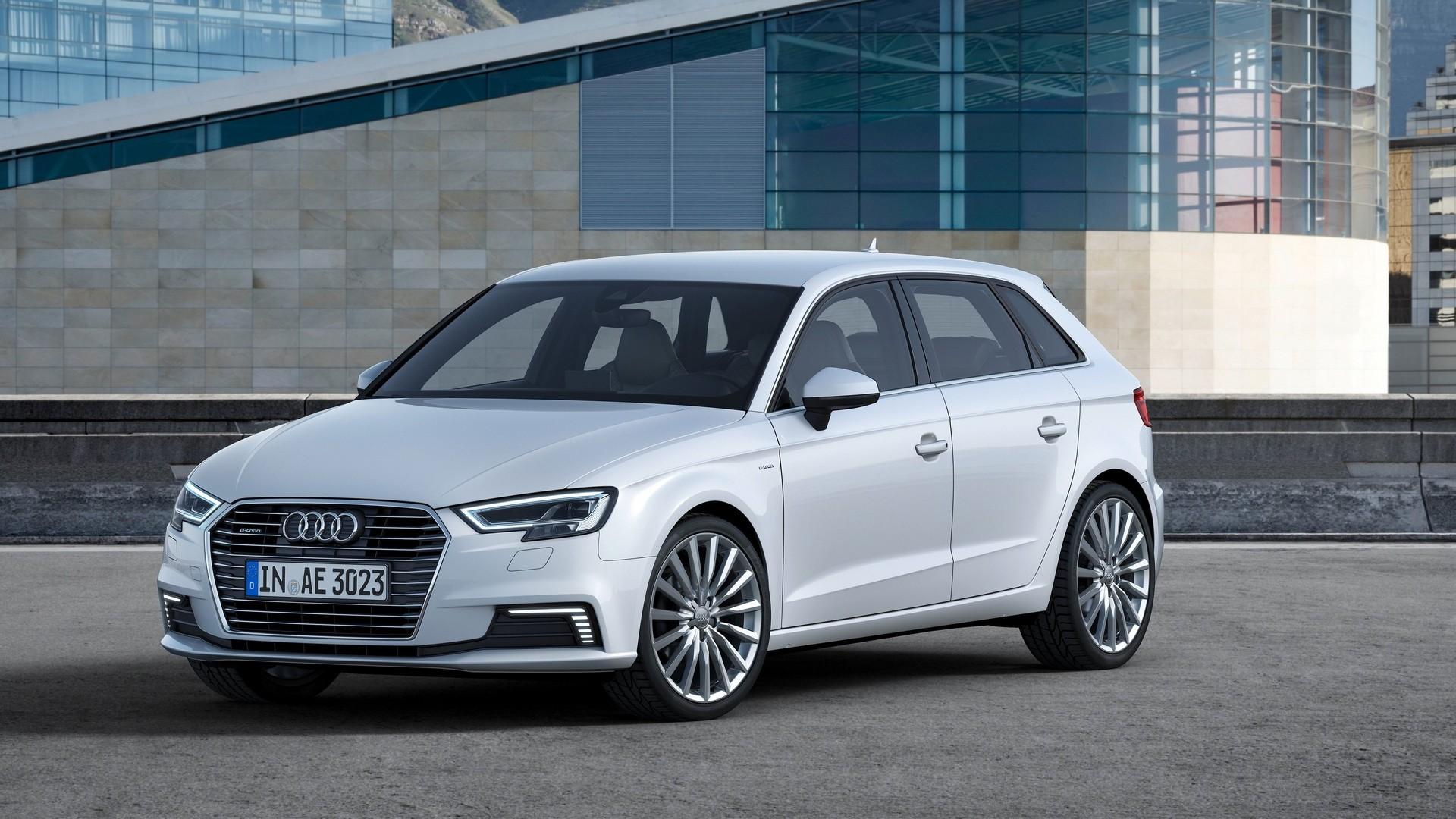 Audi A Sportback Etron Gets Virtual Cockpit Sport Package - Audi a3 sport