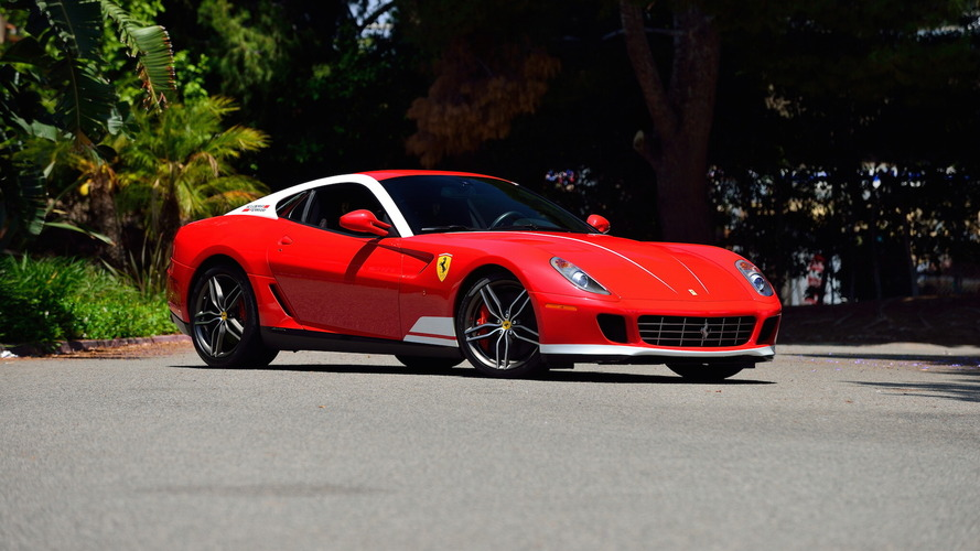 Nem veszik a Ferrari V12-es motorral szerelt klasszikusait