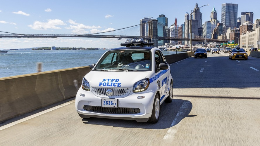 NYC Police Department orders 250 Smart ForTwos