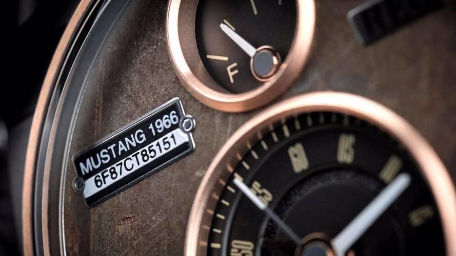 Reloj reciclado de Ford Mustang