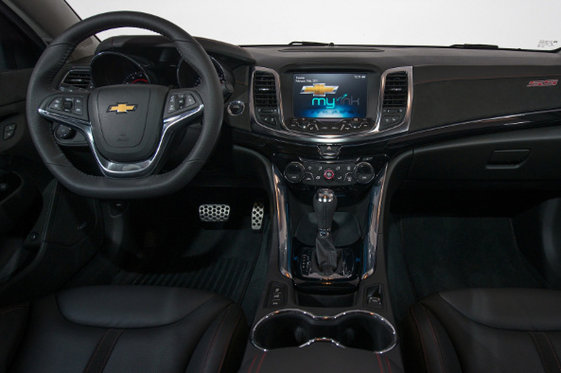 2014 Chevrolet SS is the Pontiac G8, Only Better