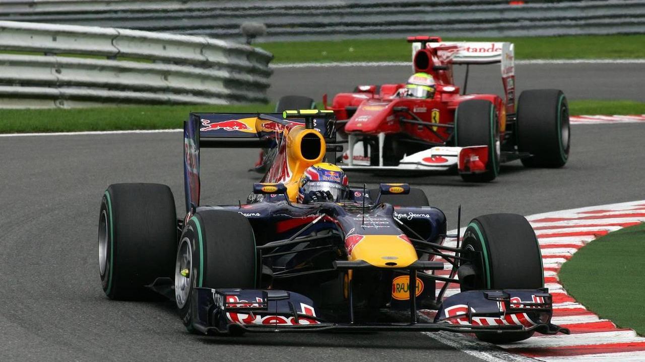 Mark Webber (AUS), Red Bull Racing leads Felipe Massa (BRA), Scuderia Ferrari - Formula 1 World Championship, Rd 13, Belgian Grand Prix, Sunday Race, 29.08.2010 Spa, Belgium