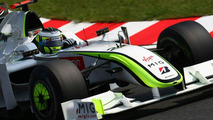 Button unlikely to win title on Sunday