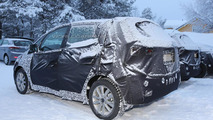 2016 Hyundai ix20 facelift spy photo