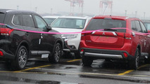 2016 Mitsubishi Outlander facelift spy photo