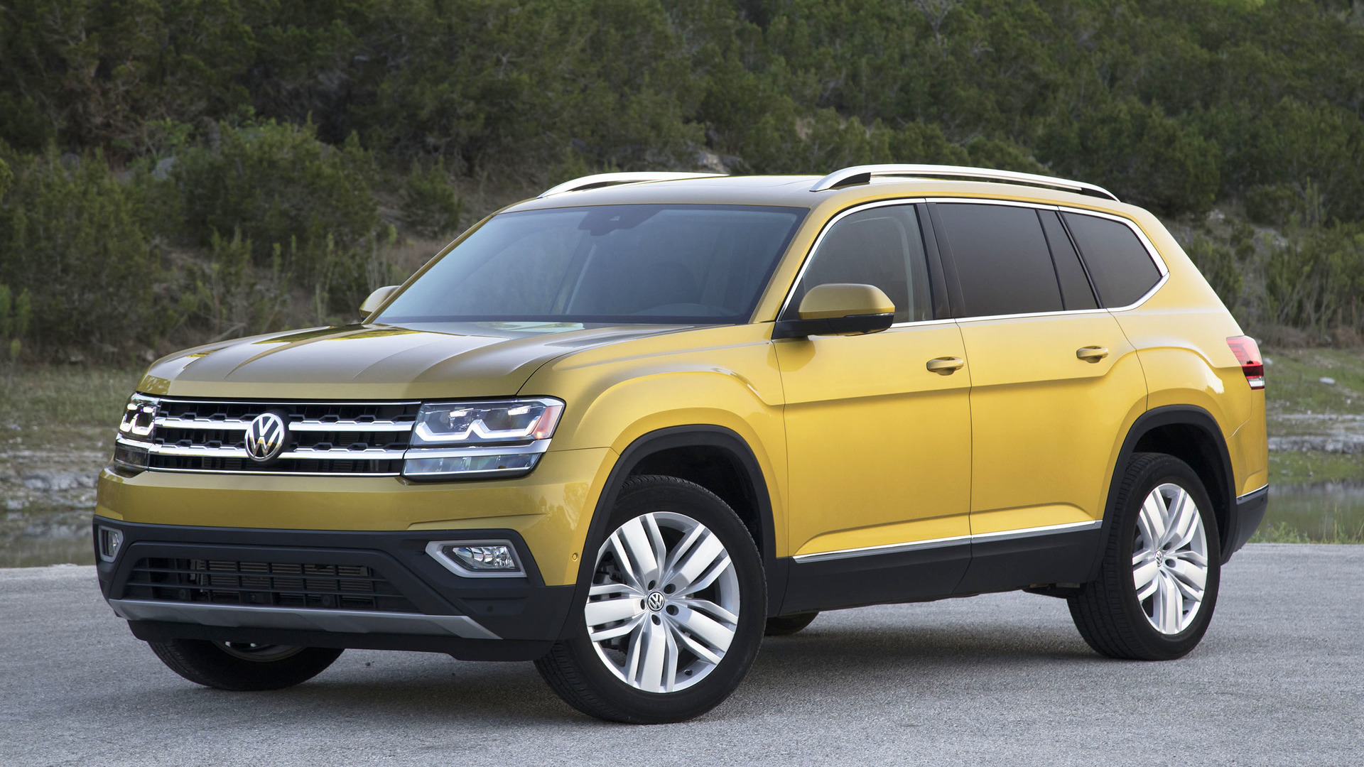 2018 volkswagen atlas second drive the all american cuv newcomer. Black Bedroom Furniture Sets. Home Design Ideas