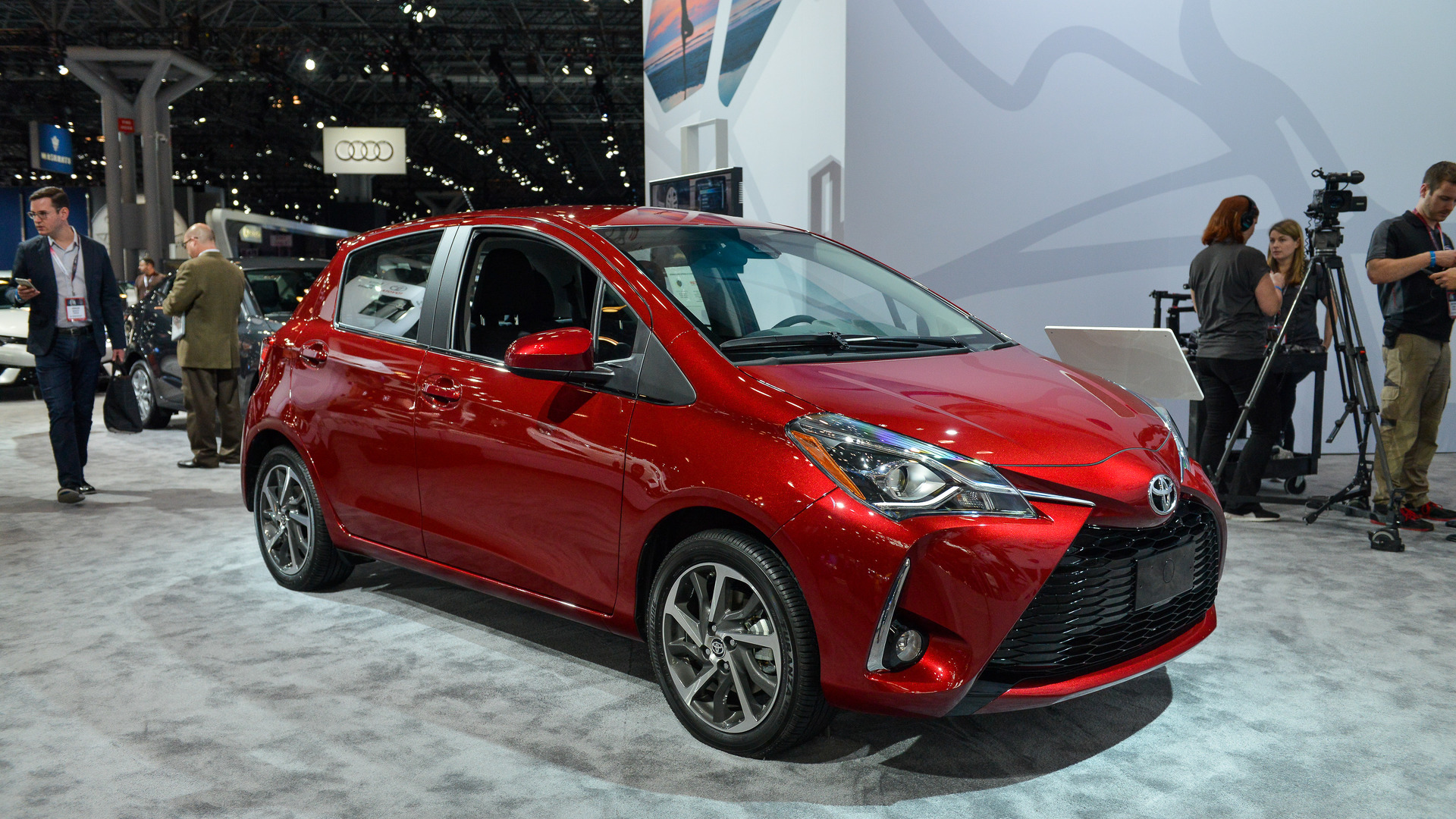 2018 toyota yaris shows updated looks in new york. Black Bedroom Furniture Sets. Home Design Ideas