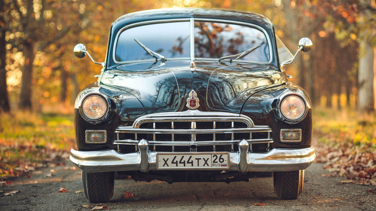 1953 GAZ-12 limousine eBay find looks presidential