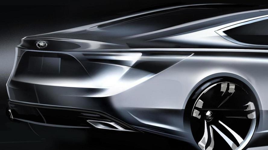 2013 Toyota Avalon teased for New York debut