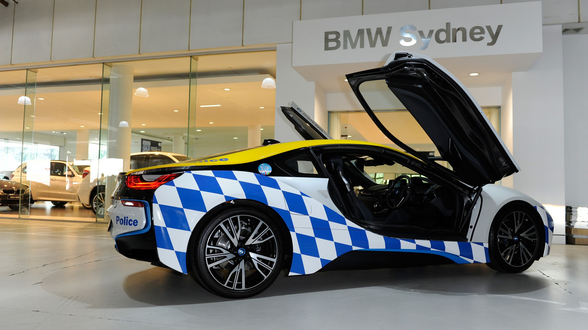 BMW I Police Car Would Be Suitable For Demolition Man Sequel - A bmw i8