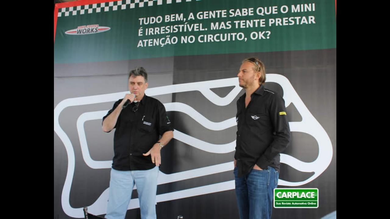 Presidente da BMW diz que decisão sobre fábrica no Brasil sai entre outubro e novembro