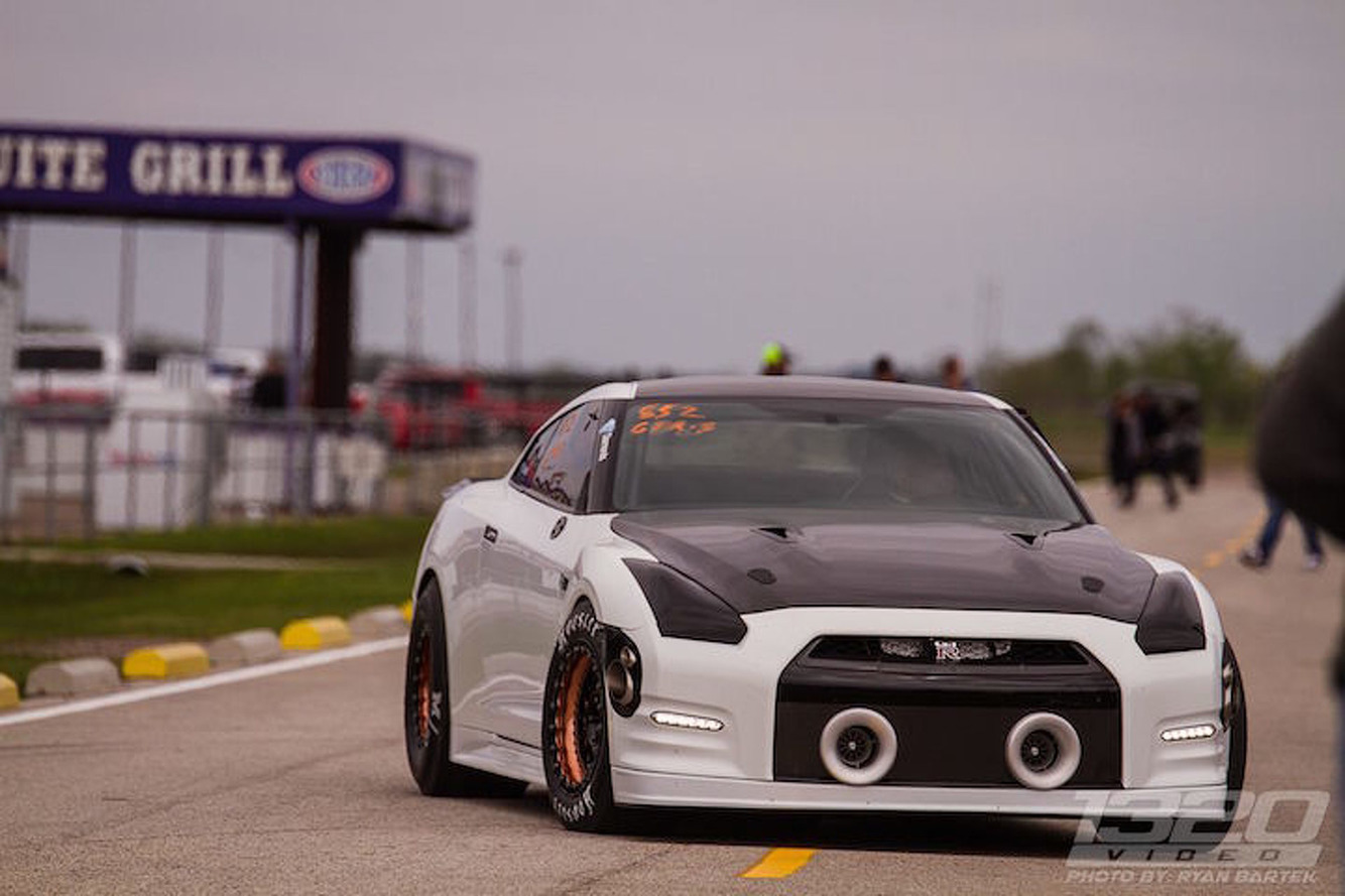 This 2,500HP Nissan GT-R Eats Drag Strips For Breakfast
