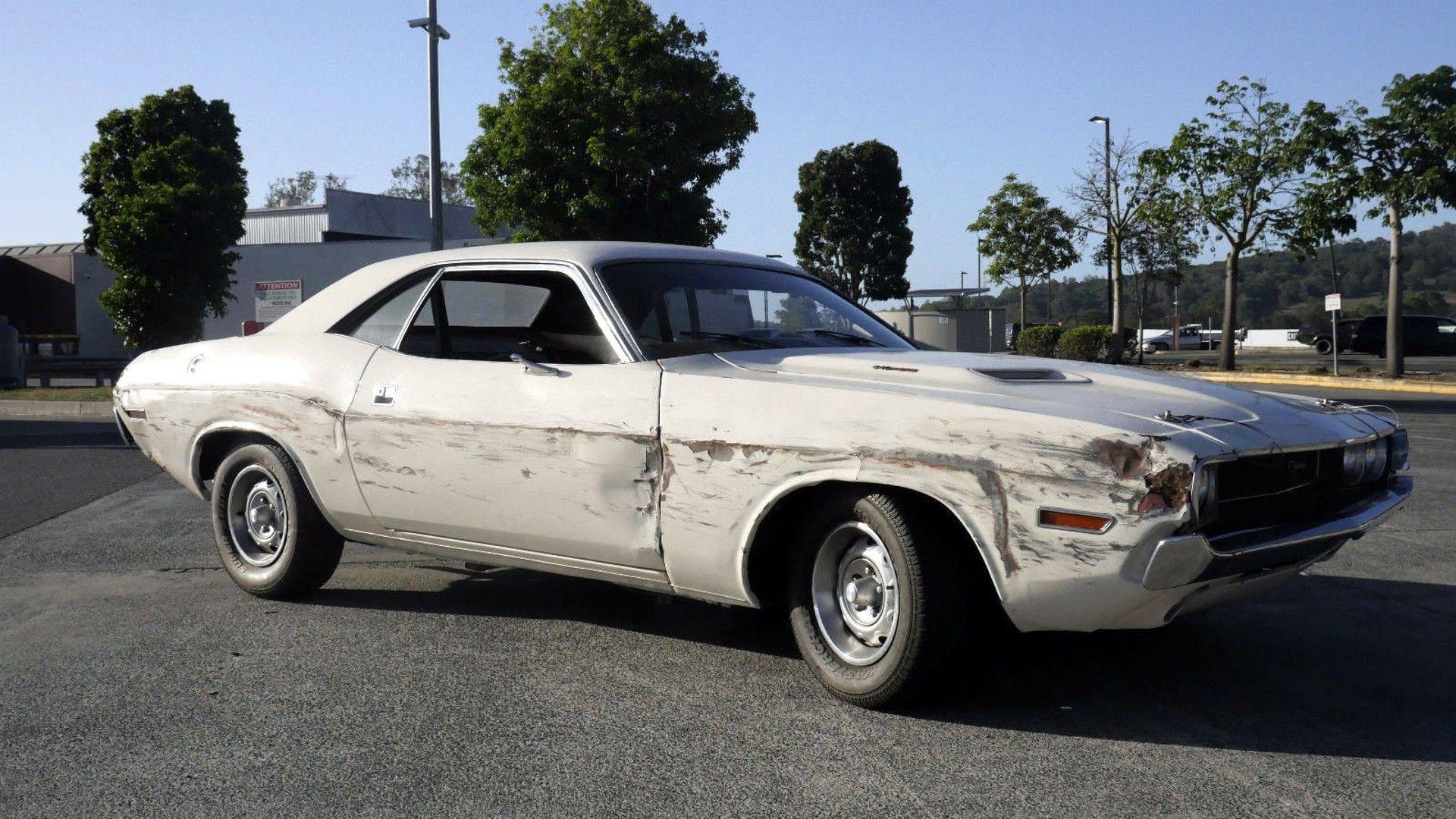 Quentin Tarantino S Death Proof Dodge Challenger Hits Ebay