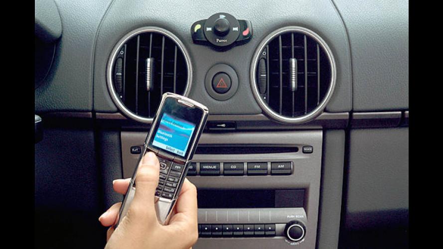 Bluetooth-Streaming via Freisprechanlage: Parrot MK6000