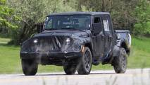 Jeep Wrangler Pickup spy photo