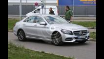 Mercedes Classe C restyling, le foto spia