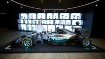 Bottas na Mercedes - 1 ano pra mostrar serviço