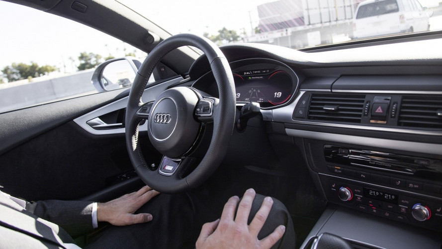 Auto a guida autonoma, cosa serve per i test in Italia
