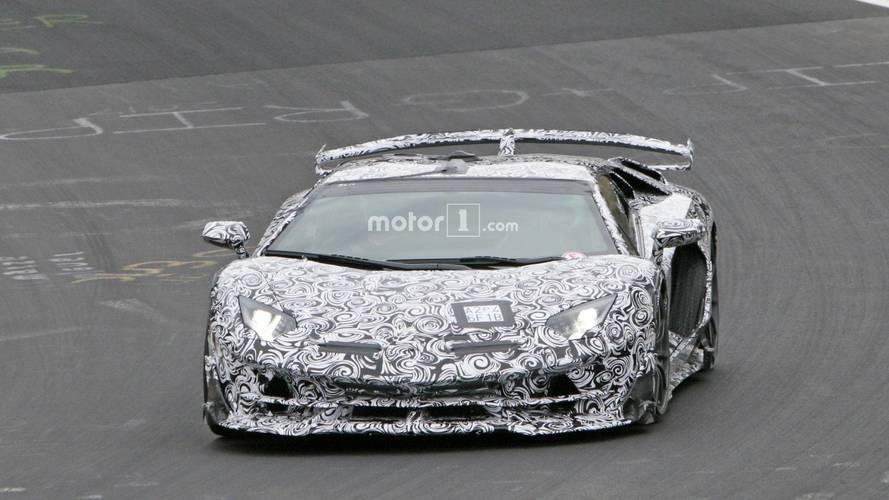 2019 Lamborghini Aventador SV Jota yeni casus fotoğraflar