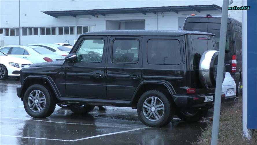 2019 Mercedes G-Class Filmed, But Can You Tell It's The New One?