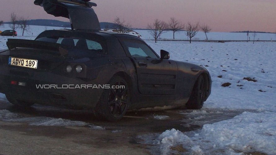 Mercedes SLC Gullwing Spied Having Electrical Problems