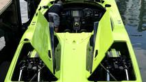 Lamborghini Aventador SV ve Sürat Teknesi