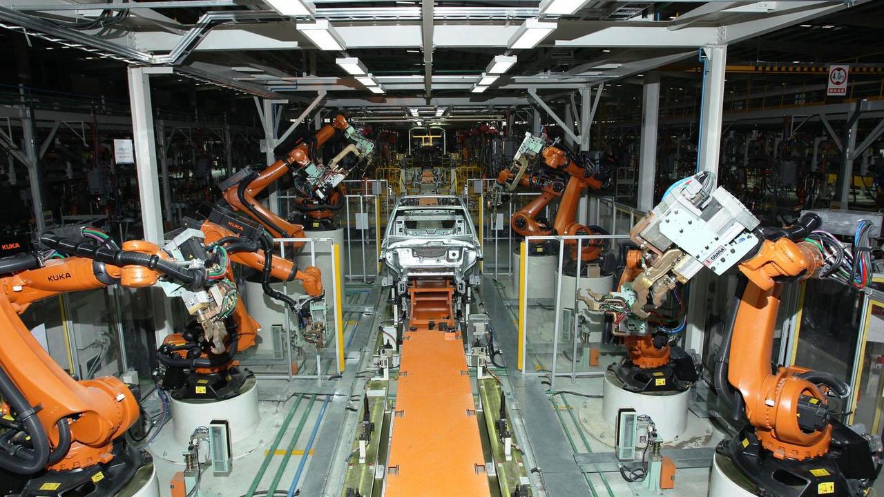 BYD Daimler DENZA 21.11.2013