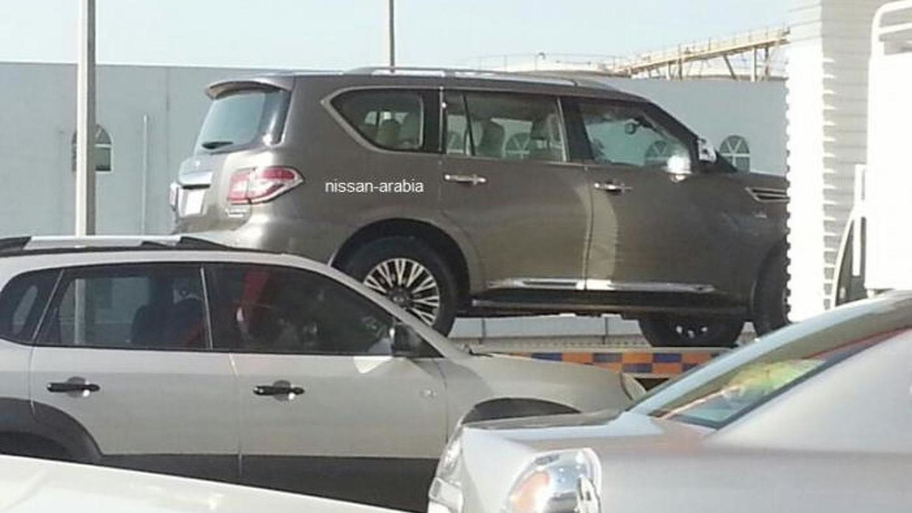 2014 Nissan Patrol spy photo 02.11.2013