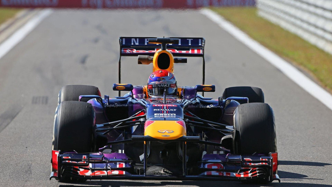 Sebastian Vettel Red Bull Racing RB9 04.10.2013 Korean Grand Prix