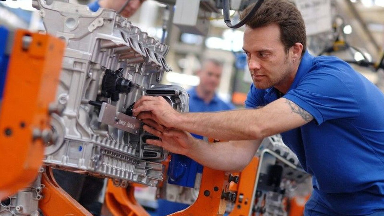 Ford to Produce New 6 Cylinder Engine