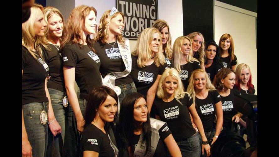 Miss Tuning Kalender 2006: Zwölf Mal sexy Kurven