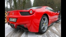 Ferrari 458 Italia: Veja fotos e vídeo do modelo rodando na Holanda