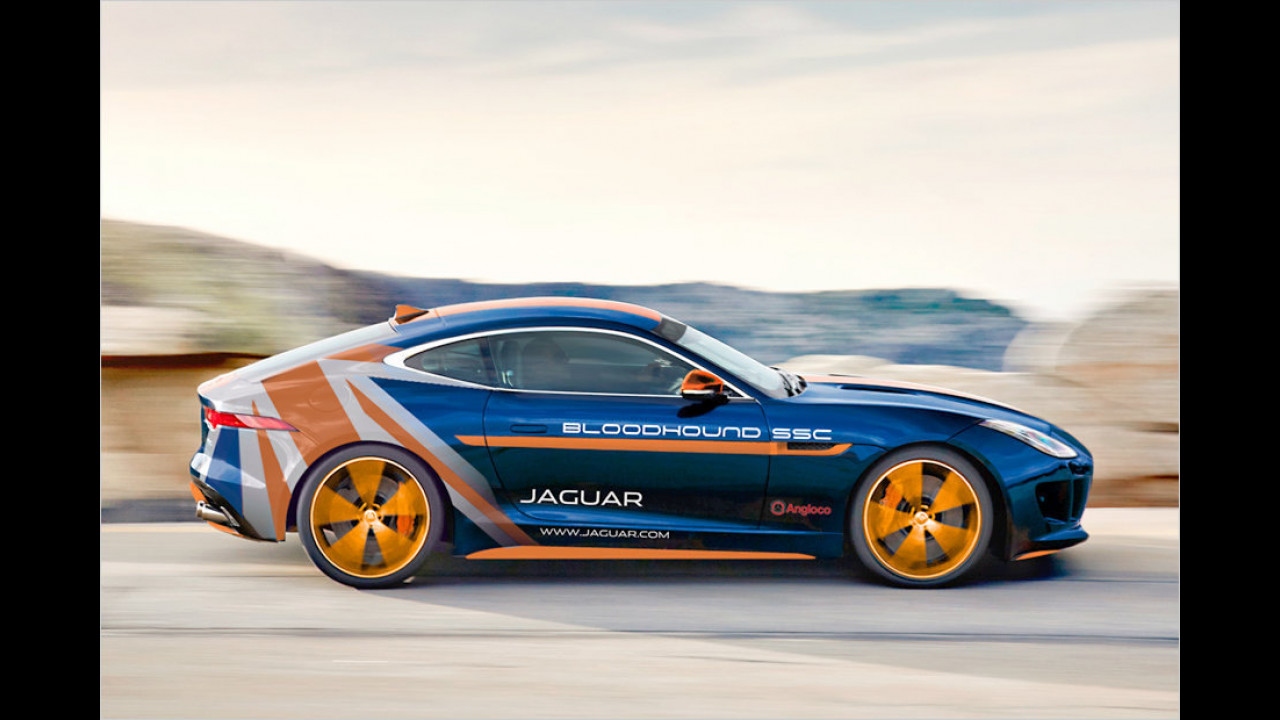 Jaguar F-Type R AWD Bloodhound SCC
