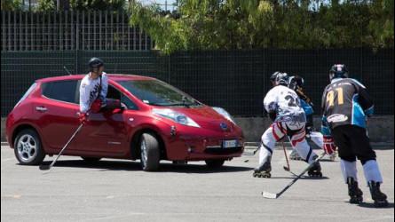 La Nissan Leaf in due sfide elettrizzanti