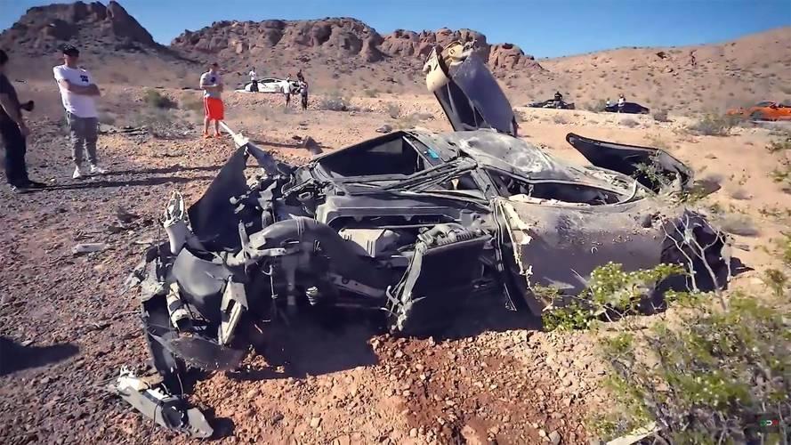 McLaren 720S, korkunç bir kaza geçirerek tanınmayacak hale gelmiş