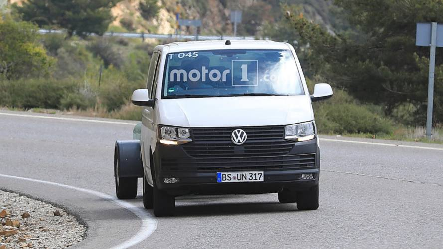 Volkswagen Transporter (T7) spy photos