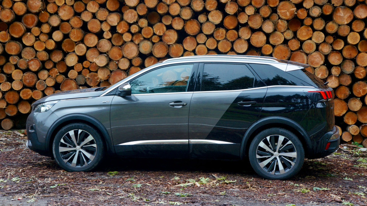 essai peugeot 3008 gt sus au tiguan. Black Bedroom Furniture Sets. Home Design Ideas
