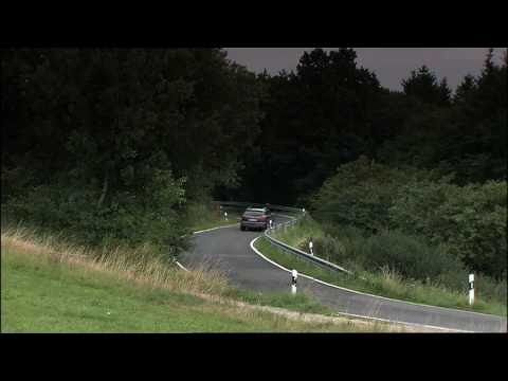 2011 Audi Q7 V12 Driving Footage