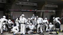 Valtteri Bottas, Williams FW37 makes a pit stop