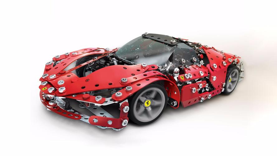 Vidalarla kendi Ferrari'nizi yapmaya ne dersiniz?