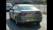 Flagra: sucessor do Fluence, Renault Megane Sedan aparece