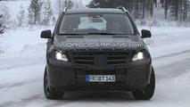 2012 Mercedes ML-Class First LED Daylight Running Lights Spy Photos - 25.01.2010