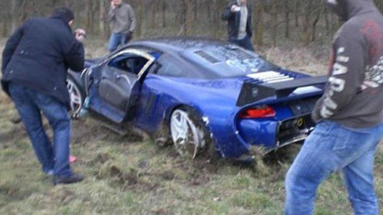 9ff GT9-R crashes at Vmax Armageddon, Bruntingthorpe, UK, 13.03.2010