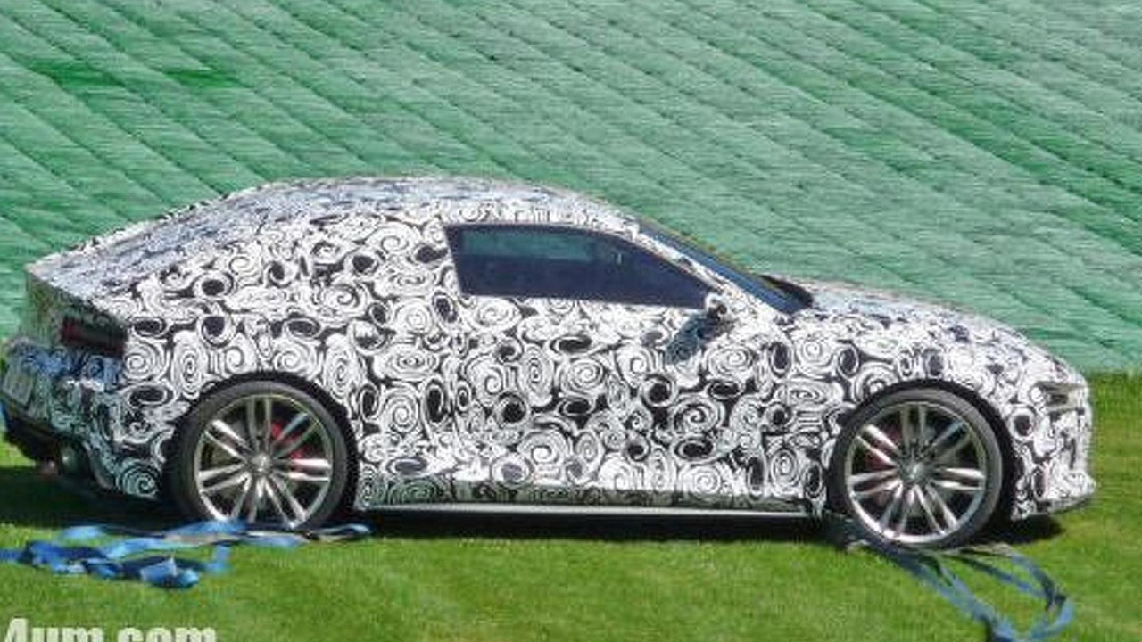 Audi R4 prototype spy photo