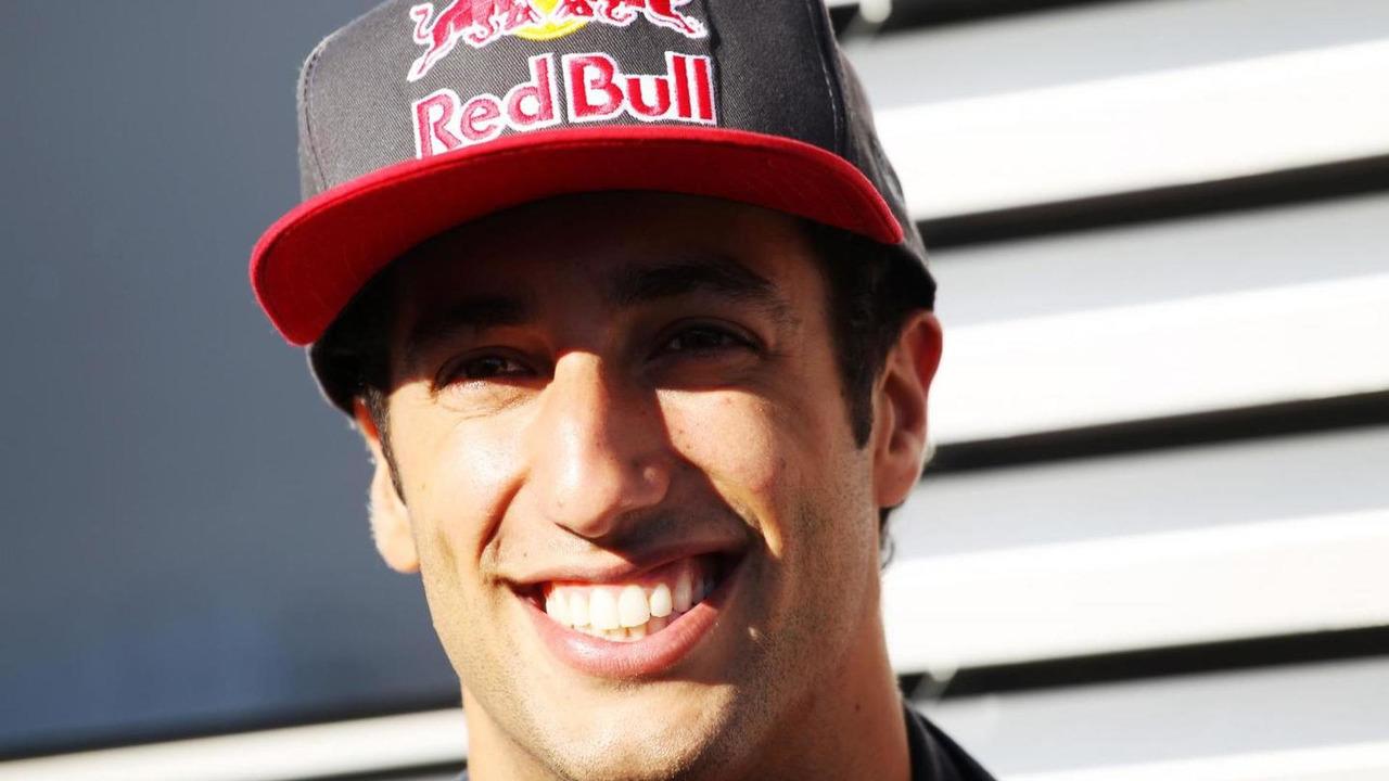Daniel Ricciardo (AUS) Scuderia Toro Rosso